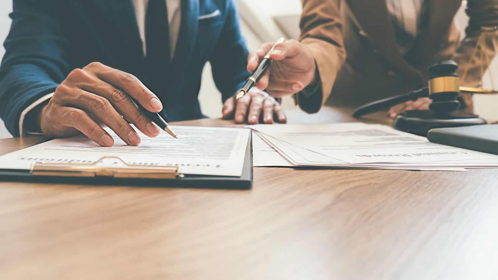 Rechtsanwalt Versicherungsrecht • Ihre Fachkanzlei aus Paderborn • MPK – Melzer Penteridis Kampe• Fachanwalt