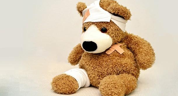 Teddybär mit Pflaster